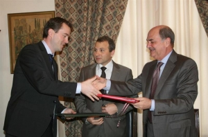 Lebanon signs deal with Norway to boost oil and gas sector